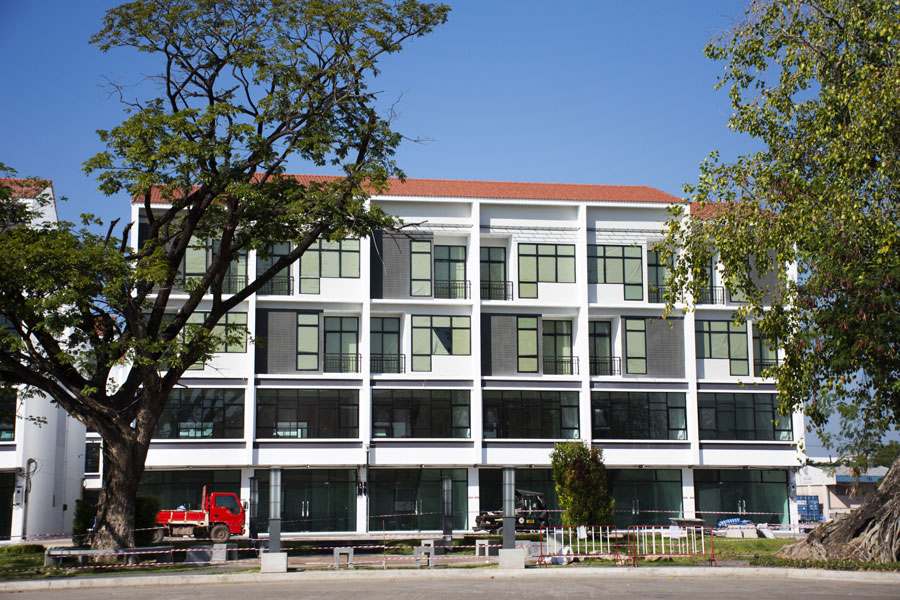 New commercial building for sale at Udonthani city in Udon Thani, Thailand